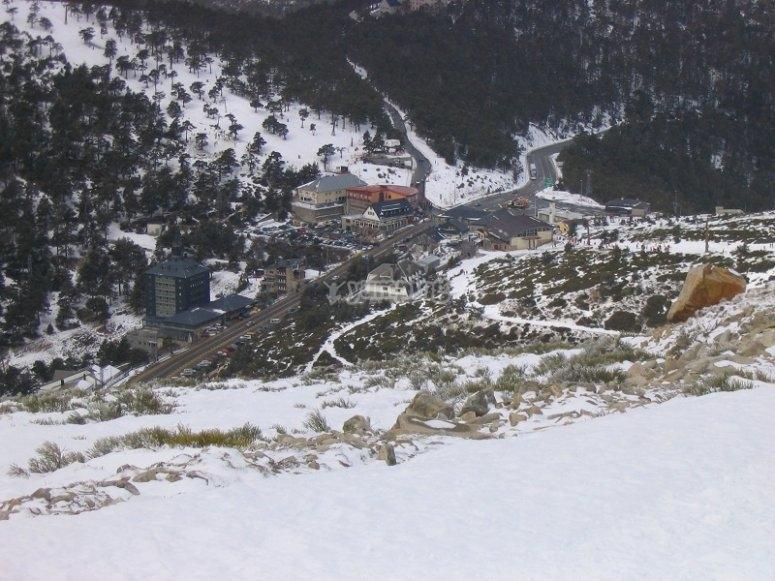 瓜达拉玛山脉的雪景