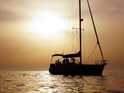 Escuela de navegación Taboga Paseos en barco