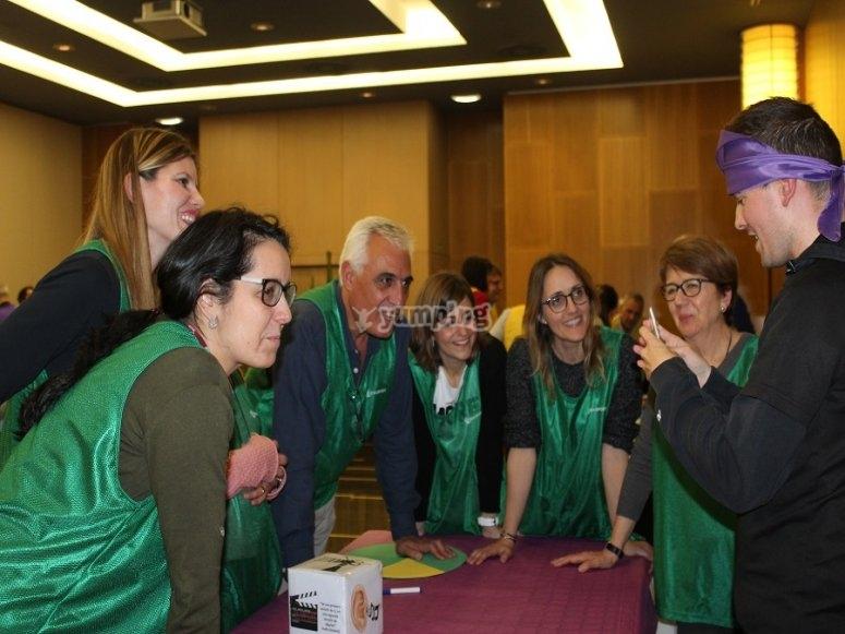 Los participantes tendrán que organizarse para llegar a un consenso en su respuesta