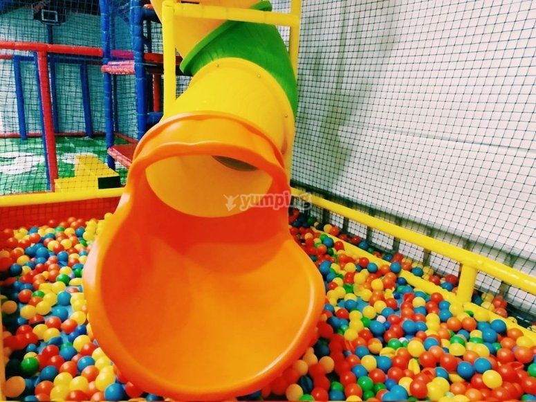 Slide directly to the ball pool