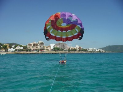Parasailing flight in Cala Millor beach