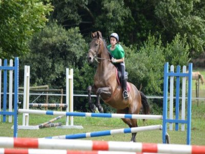 Voucher individual riding lessons Ortigueira 5h