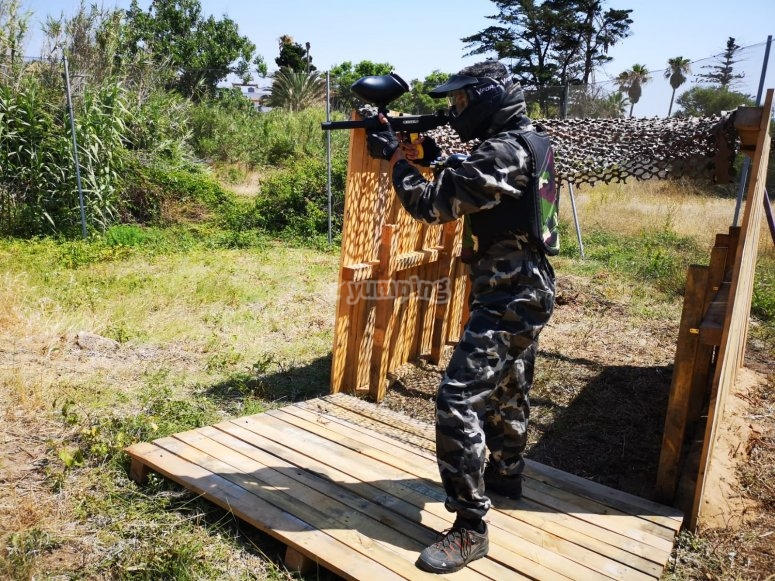 Complete paintball equipment