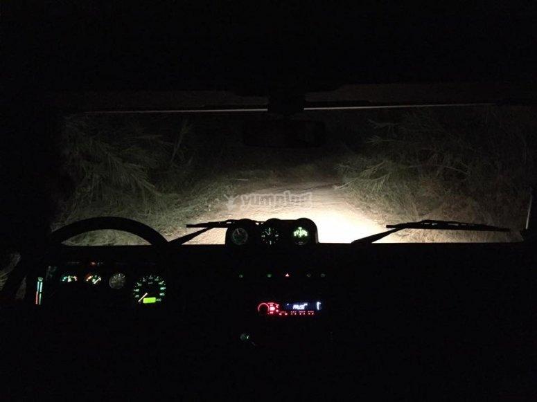 Ruta nocturna en jeeps