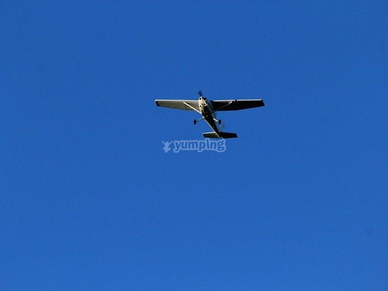 飞机起飞维拉鲁比