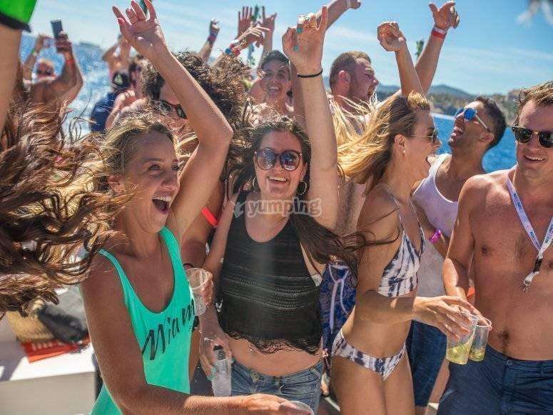 la migliore festa in barca