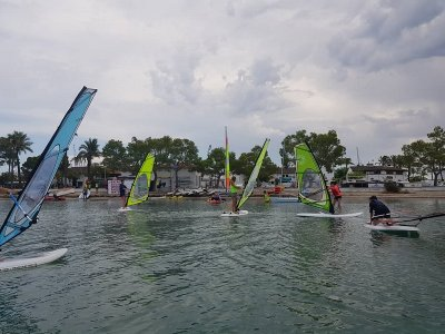 Windsurfing initiation course Alcudia bay 2 hour
