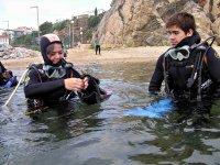 Preparando el equipo para la inmersion