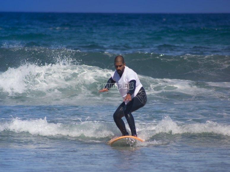 Tecniche di pratica del surf