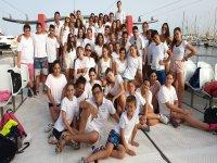 Los estudiantes españoles e internacionales juntos