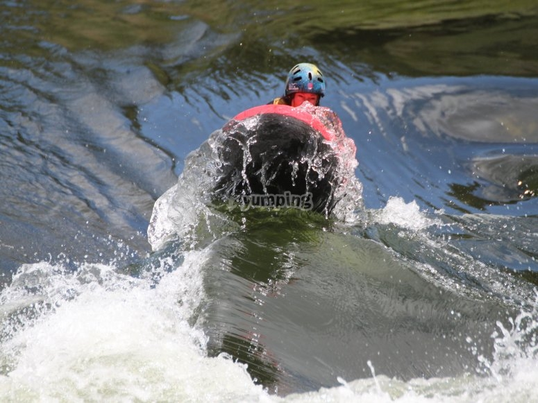 Descent of hydrospeed river Miño
