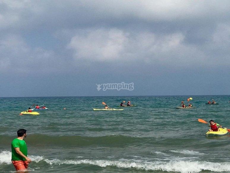 Actividades náuticas en playa de Oropesa