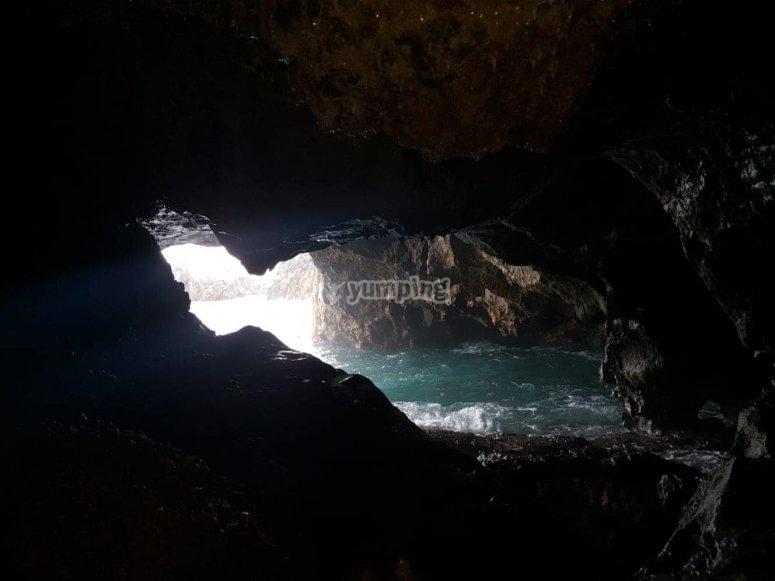 Conoscere le grotte di la costa
