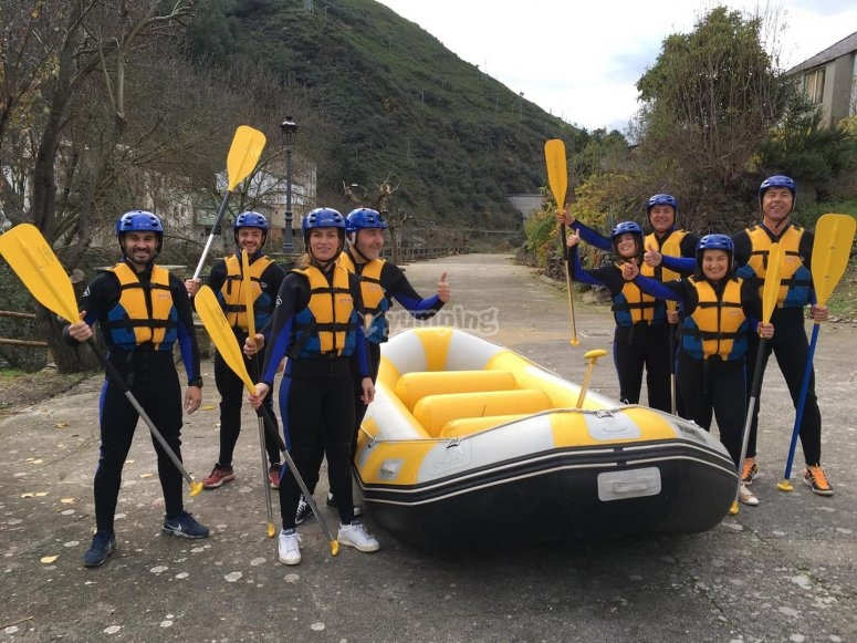 Raft suitable for 8 people