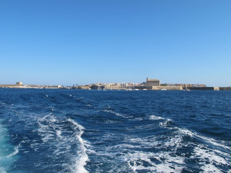 Vista desde el barco de la Isla de Tabarca