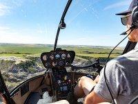 Nella cabina dell'elicottero