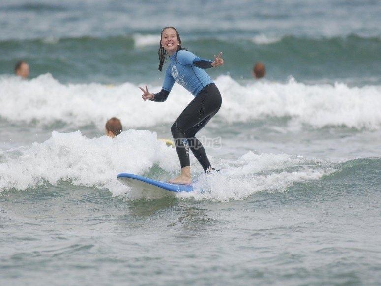 Campamento de surf en Loredo