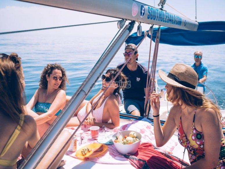 Salida con amigos en velero Málaga