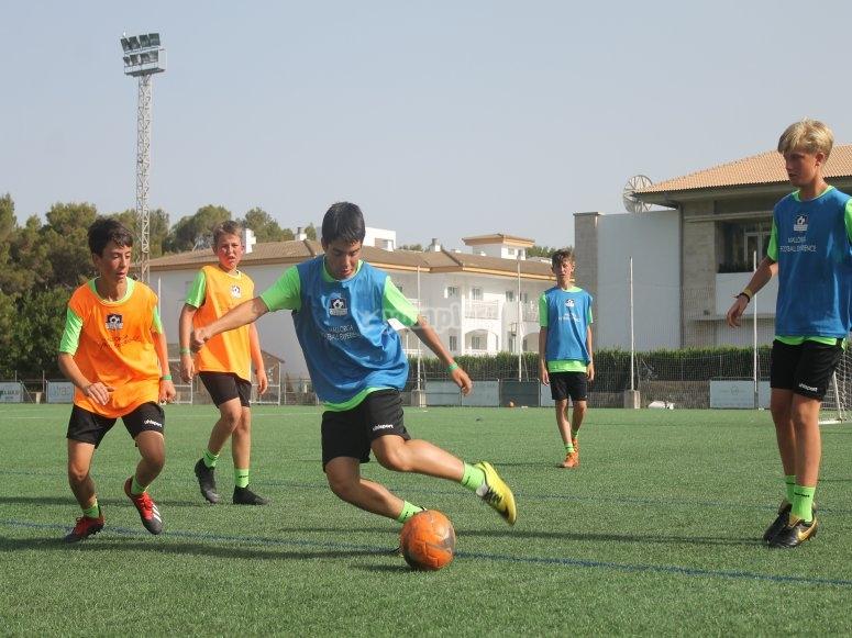 马略卡足球校园