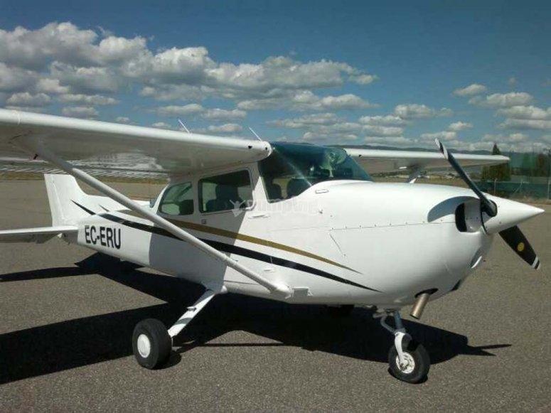 Cessna 172 N -999 aircraft- Flight at dawn by plane