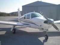 飞机Pipier PA 28 R 200