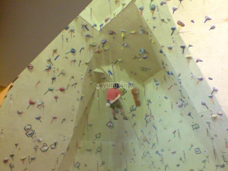 Parete da arrampicata per tutti i livelli