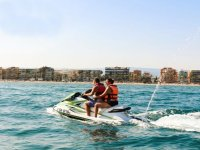 Jet skiing circuit in Salou for 15 minutes