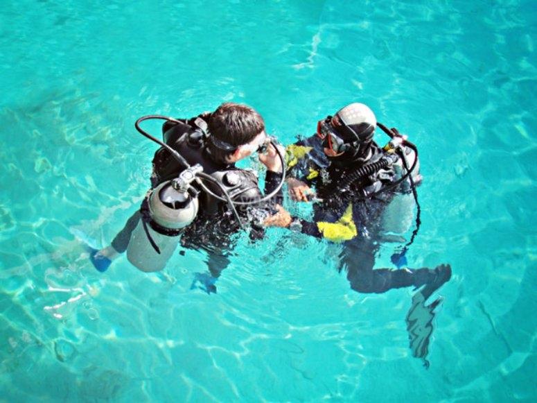 阿梅特拉潜水从三月