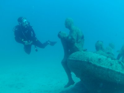 Active Scuba Divers Lanzarote