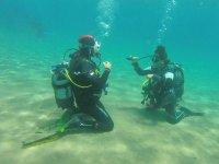 学习在海底潜水