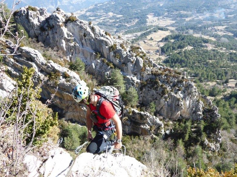 Escalera en vía ferrata Roques d'Empalomar