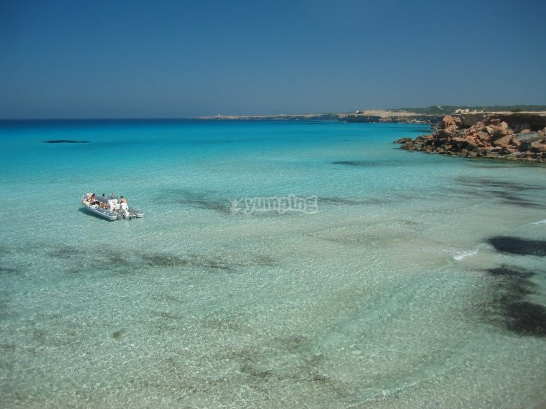 Visita las calas de Formentera