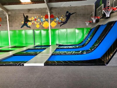 Session of 2 hours trampolines Alicante