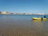 在蓬塔德尔道德(Punta del Moral)租船