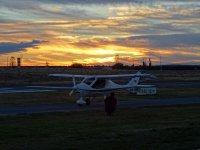 小型飞机飞往阿维拉城墙40分钟