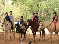 Campamento de equitación Semana Santa en Nigrán