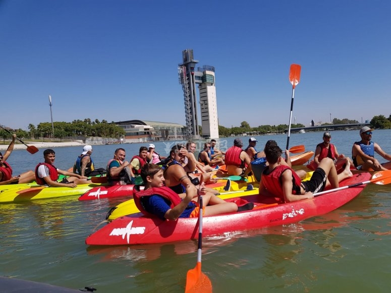 Salida en kayak doble por Sevilla