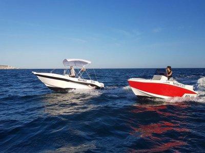 Alquiler barco Voraz sin carné Santa Pola 2 horas