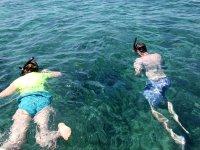 在塔巴卡(Tabarca)潜水和浮潜设备