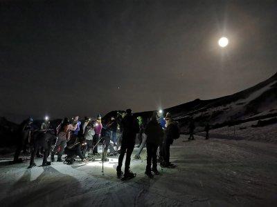 Ruta nocturna raquetas de nieve en Aller 2 horas