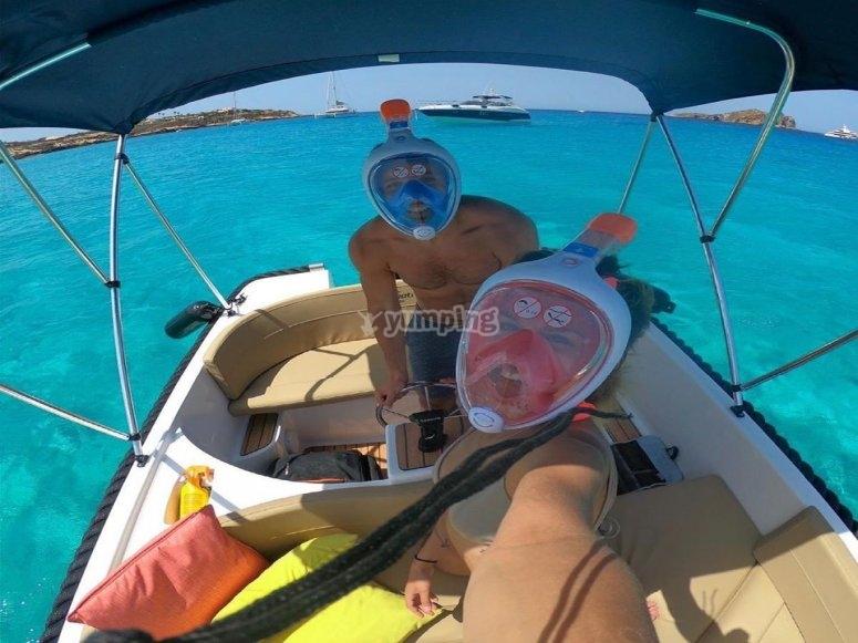 Material de snorkel incluido