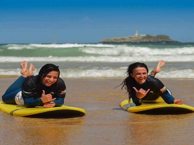 Learn to surf in Cantabria