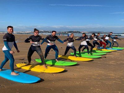 Surf lessons for groups Playa de Somo 2 hours
