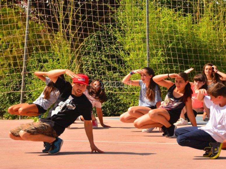 Aprendiendo coreografías con Brodas Bros