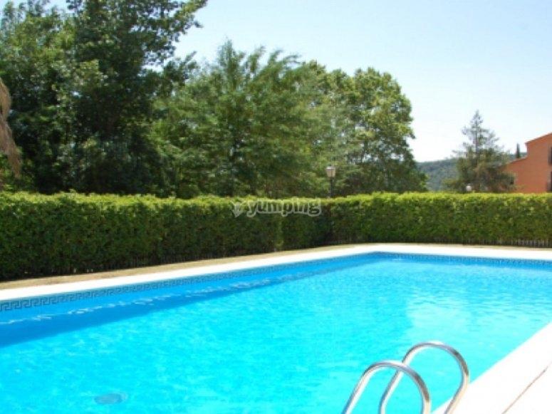 Casa de colonias Can Vandrell piscina