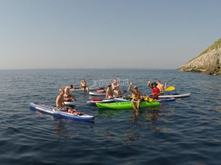 Salida grupal de paddle surf