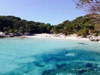 梅诺卡岛的天堂海滩