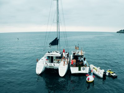 带船长的帆船穿越希洪3小时