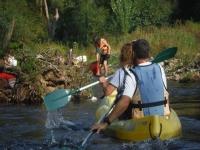 Regresando a la orilla en canoa