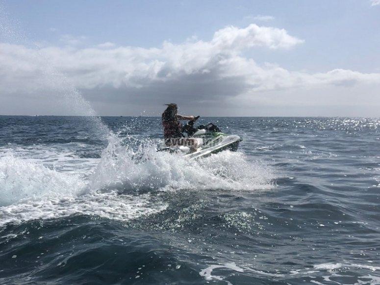 Surcando las aguas